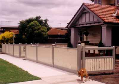 How to Build a front Fence. Picket fence, garden fence, woven wire ...